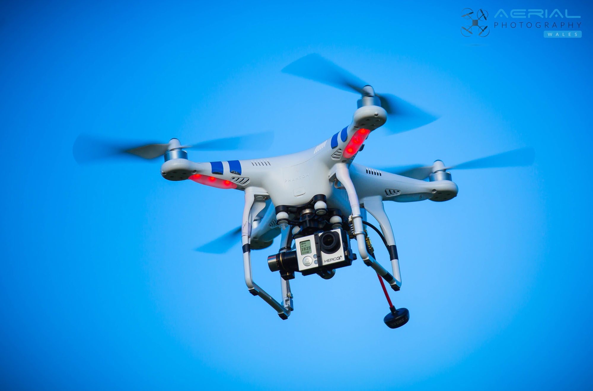 quadcopter for aerial photography with Respond on Yuneec yunq500114a brushless motor a for in addition Stock Vector Hand Draw Vector Illustration Aerial Vehicle Quadrocopter Air Drone Hovering Drone Sketch likewise ments additionally Mini Quad Racing Guide additionally Bali Rice Fields From Above.