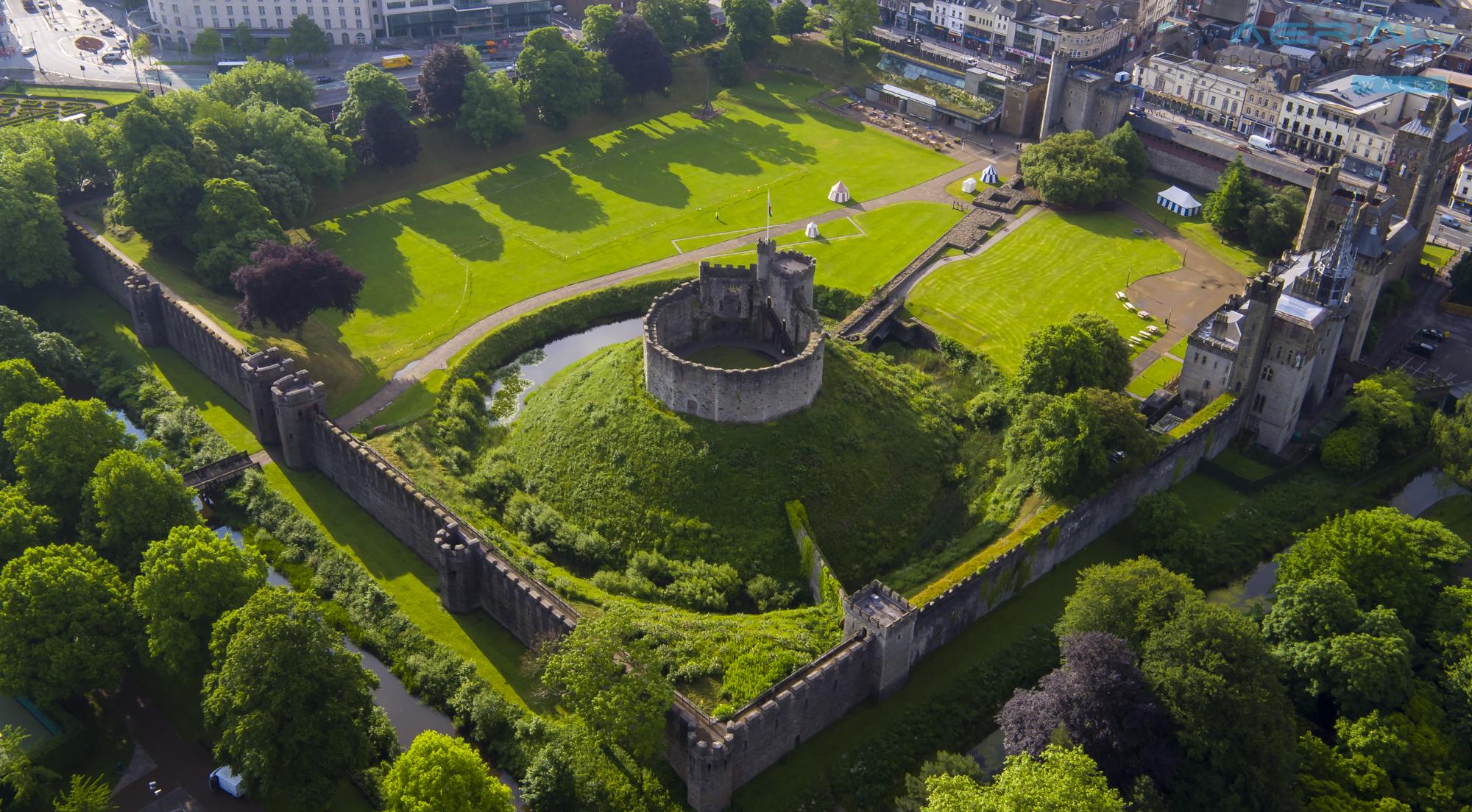Cardiff Castle-64